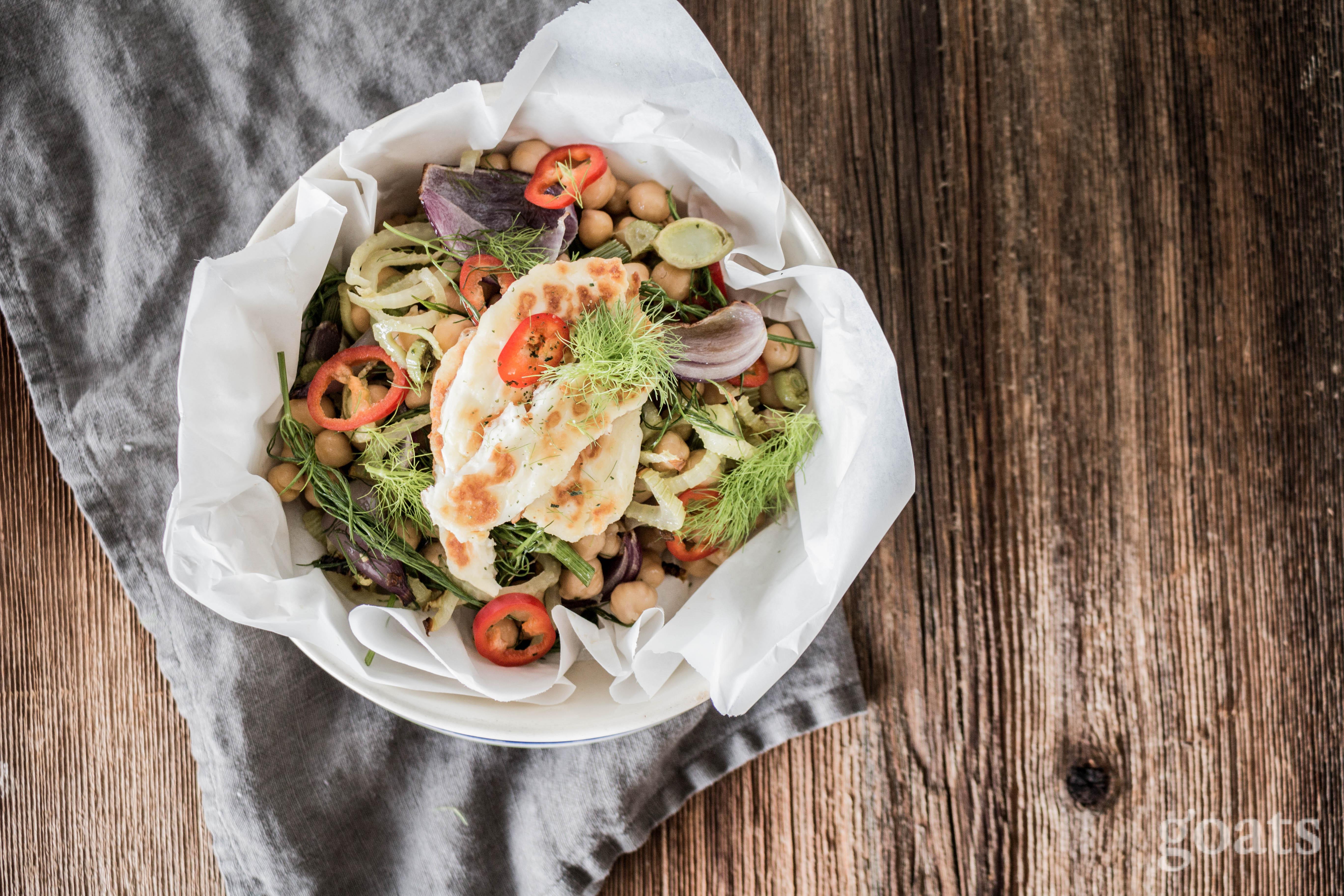 fenchel kichererbsen salat mit gebratenem ziegenfeta. Black Bedroom Furniture Sets. Home Design Ideas